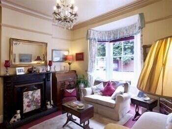 리버뱅크 게스트 하우스(Riverbank Guest House) Hotel Image 18 - Interior Detail