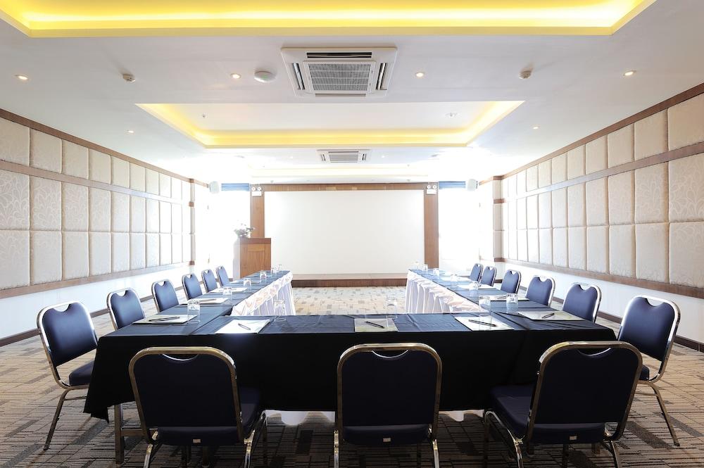 씨 썬 샌드 리조트 & 스파(Sea Sun Sand Resort & Spa) Hotel Image 48 - Meeting Facility