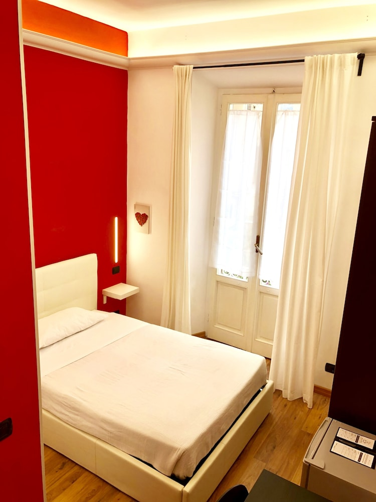 일 코르소 베드 앤드 브렉퍼스트(Il Corso Bed And Breakfast) Hotel Thumbnail Image 44 - Guestroom