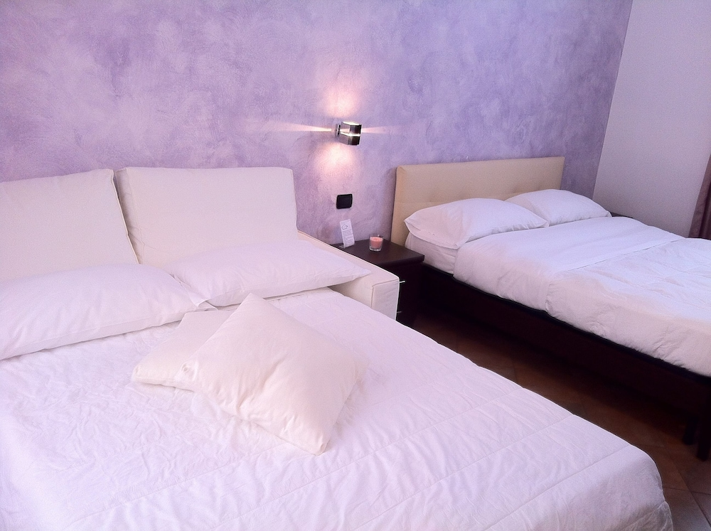 일 코르소 베드 앤드 브렉퍼스트(Il Corso Bed And Breakfast) Hotel Image 16 - Guestroom