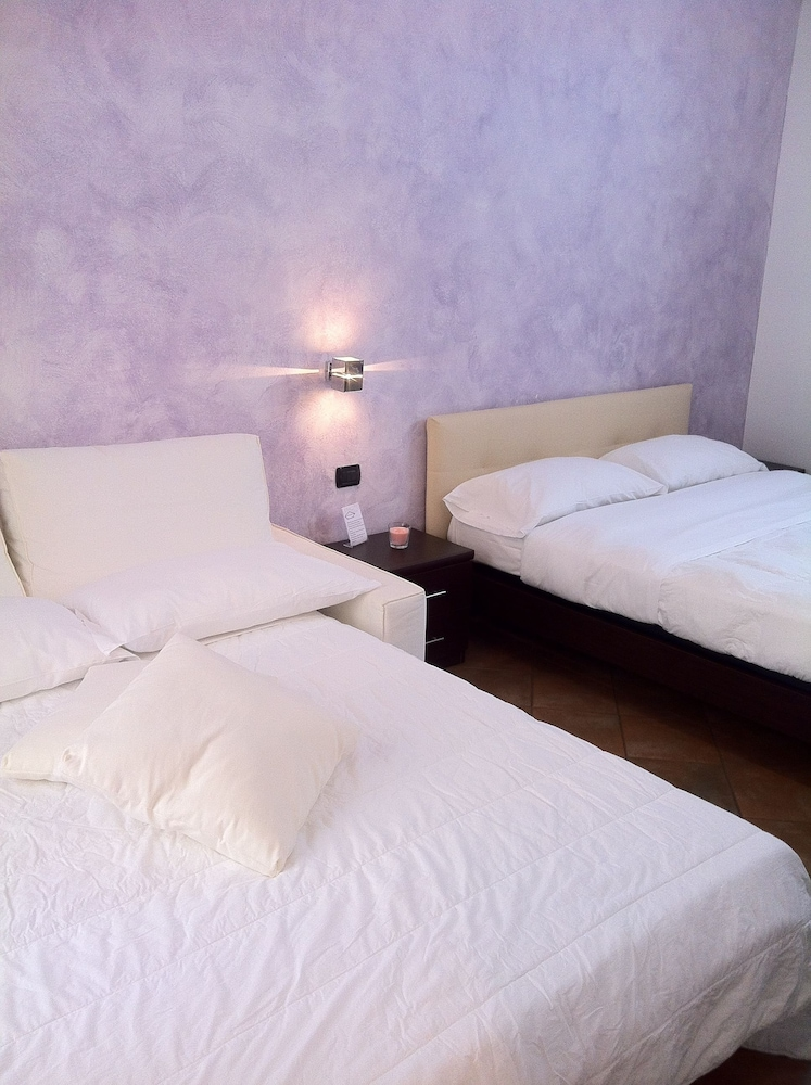 일 코르소 베드 앤드 브렉퍼스트(Il Corso Bed And Breakfast) Hotel Image 17 - Guestroom