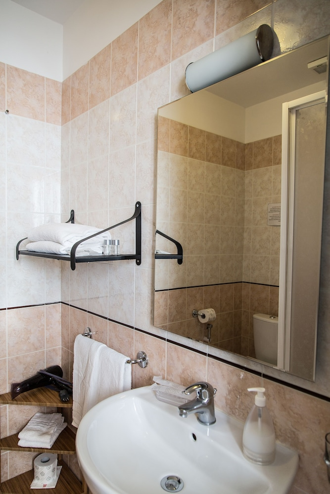 일 코르소 베드 앤드 브렉퍼스트(Il Corso Bed And Breakfast) Hotel Image 65 - Bathroom