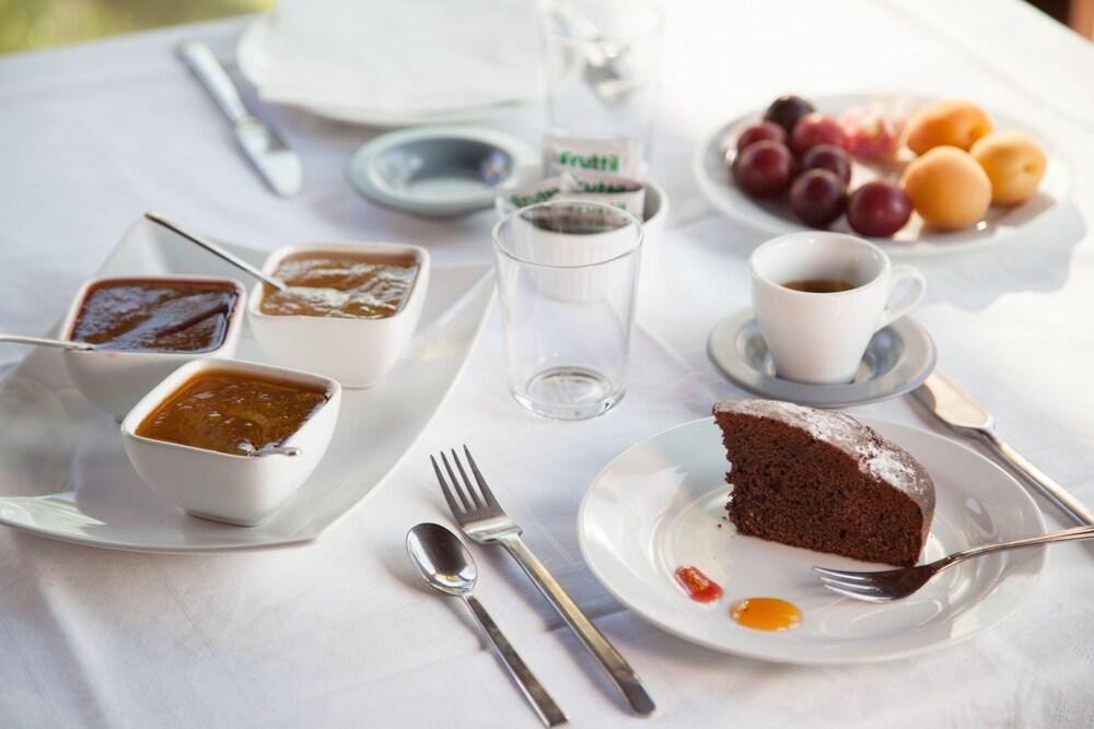 지아르디노 술 두오모(Giardino sul Duomo) Hotel Image 32 - Food and Drink