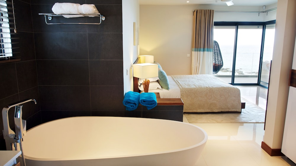 레오라 비치 바이 호라이즌 홀리데이스(Leora Beach by Horizon Holidays) Hotel Image 30 - Bathroom