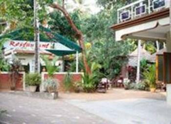 아이디얼 아유르베딕 리조트(Ideal Ayurvedic Resort) Hotel Image 11 - Beach