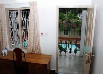 아이디얼 아유르베딕 리조트(Ideal Ayurvedic Resort) Hotel Image 5 - Balcony