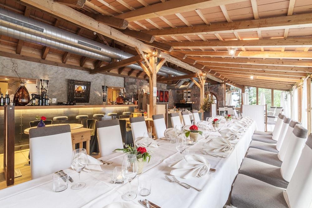 호텔 바트 쇼어가우(Hotel Bad Schoergau) Hotel Image 26 - Restaurant