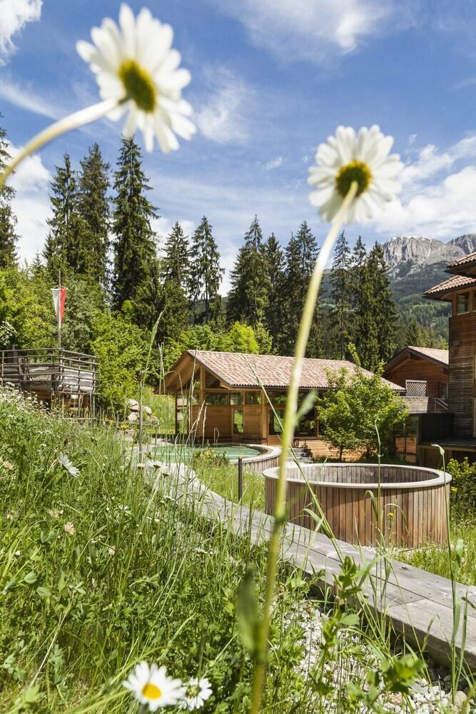 호텔 바트 쇼어가우(Hotel Bad Schoergau) Hotel Image 15 - Outdoor Spa Tub