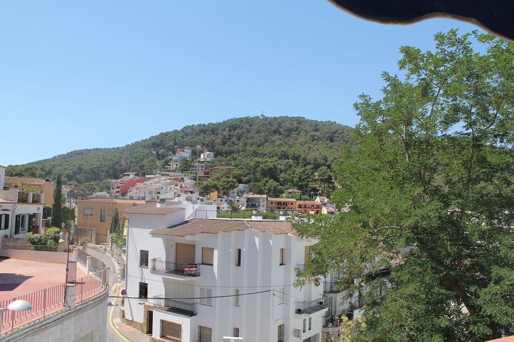 호텔 라 칼레타 데 타마리우(Hotel La Caleta de Tamariu) Hotel Image 14 - Guestroom View