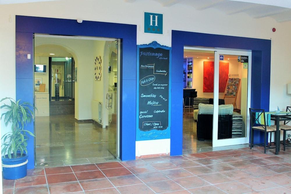 호텔 라 칼레타 데 타마리우(Hotel La Caleta de Tamariu) Hotel Image 1 - Lobby