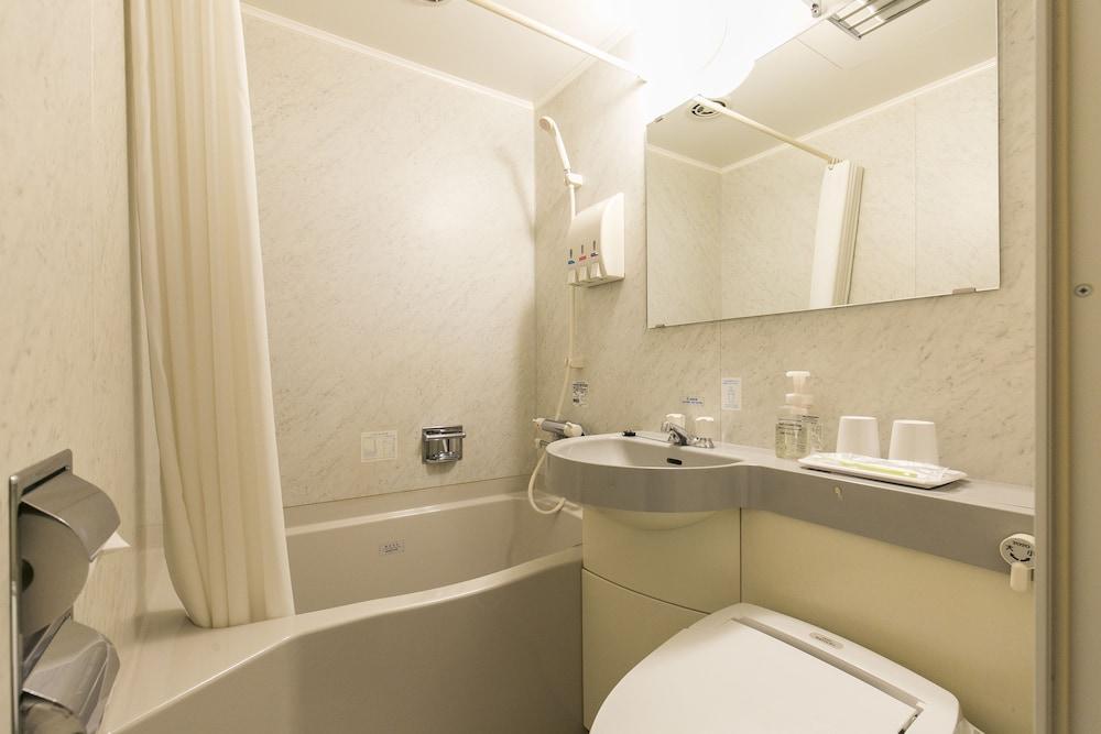 니시테츠 인 코쿠라(Nishitetsu Inn Kokura) Hotel Image 17 - Bathroom