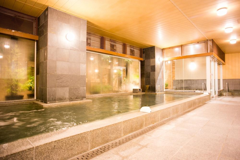 니시테쓰 호텔 크룸 하카타(Nishitetsu Hotel Croom Hakata) Hotel Image 32 - Indoor Spa Tub