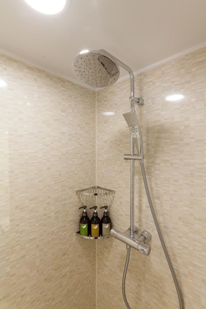 니시테쓰 호텔 크룸 하카타(Nishitetsu Hotel Croom Hakata) Hotel Image 26 - Bathroom