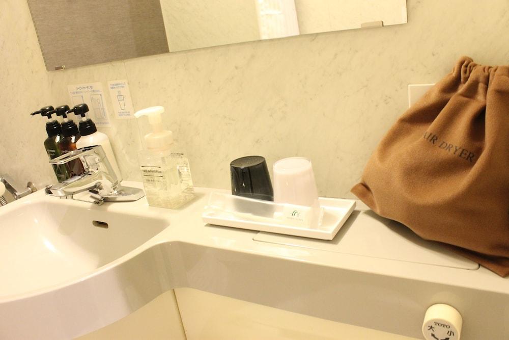 니시테츠 인 신주쿠(Nishitetsu Inn Shinjuku) Hotel Image 24 - Bathroom