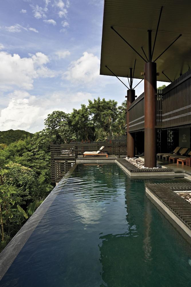 https://i.travelapi.com/hotels/5000000/4600000/4595700/4595619/b9a2b56d_z.jpg