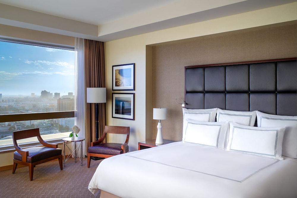 스위소텔 알 구르아이르 두바이(Swissotel Al Ghurair Dubai) Hotel Image 13 - Guestroom