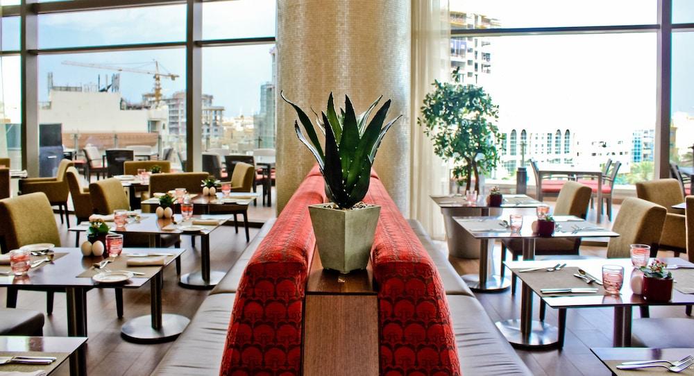 스위소텔 알 구르아이르 두바이(Swissotel Al Ghurair Dubai) Hotel Image 50 - Dining