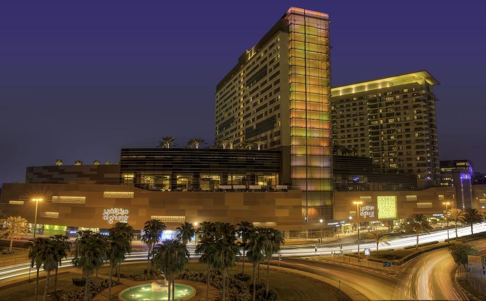 스위소텔 알 구르아이르 두바이(Swissotel Al Ghurair Dubai) Hotel Image 71 - Hotel Front - Evening/Night