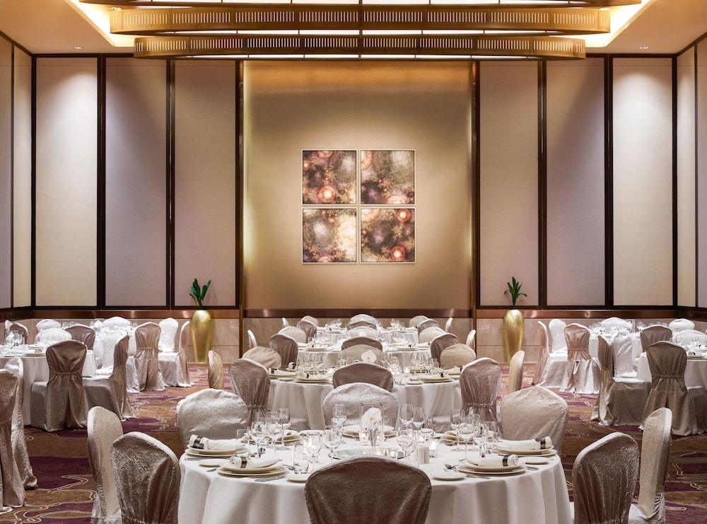 스위소텔 알 구르아이르 두바이(Swissotel Al Ghurair Dubai) Hotel Image 66 - Ballroom