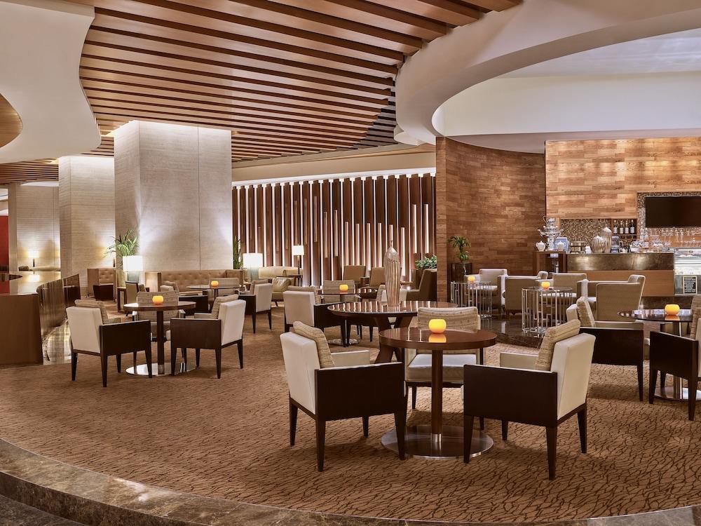 스위소텔 알 구르아이르 두바이(Swissotel Al Ghurair Dubai) Hotel Image 57 - Restaurant