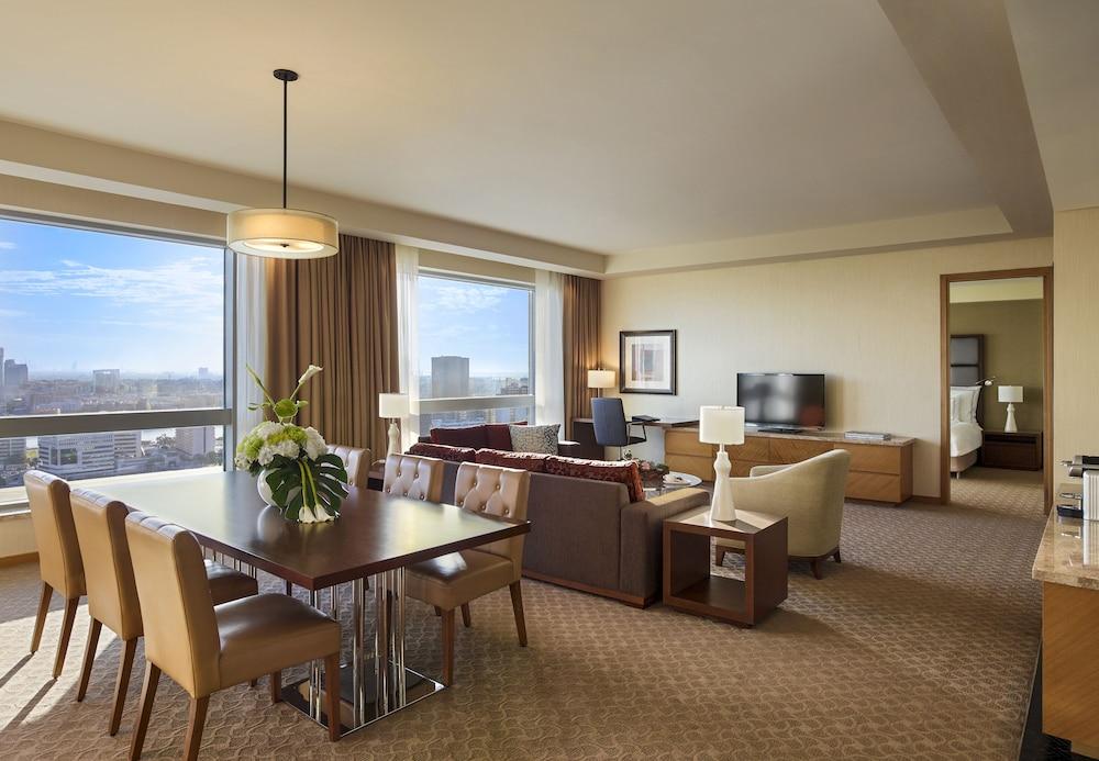 스위소텔 알 구르아이르 두바이(Swissotel Al Ghurair Dubai) Hotel Image 21 - Living Area