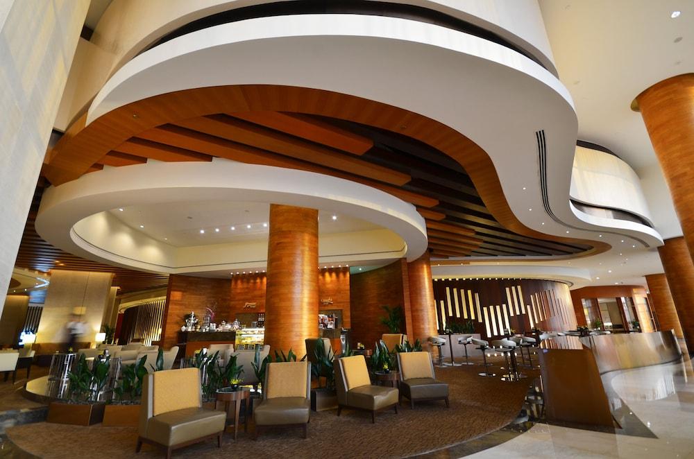 스위소텔 알 구르아이르 두바이(Swissotel Al Ghurair Dubai) Hotel Image 64 - Hotel Lounge