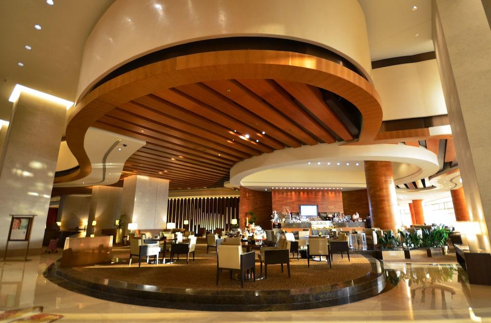 스위소텔 알 구르아이르 두바이(Swissotel Al Ghurair Dubai) Hotel Image 63 - Hotel Lounge