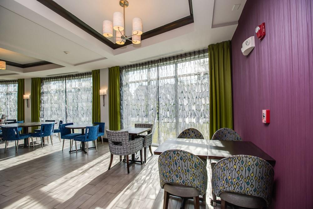홀리데이 인 익스프레스 호텔 & 스위트 찰스턴 Arpt - Conv Ctr(Holiday Inn Express Hotel & Suites Charleston Arpt-Conv Ctr) Hotel Image 30 - Breakfast Area