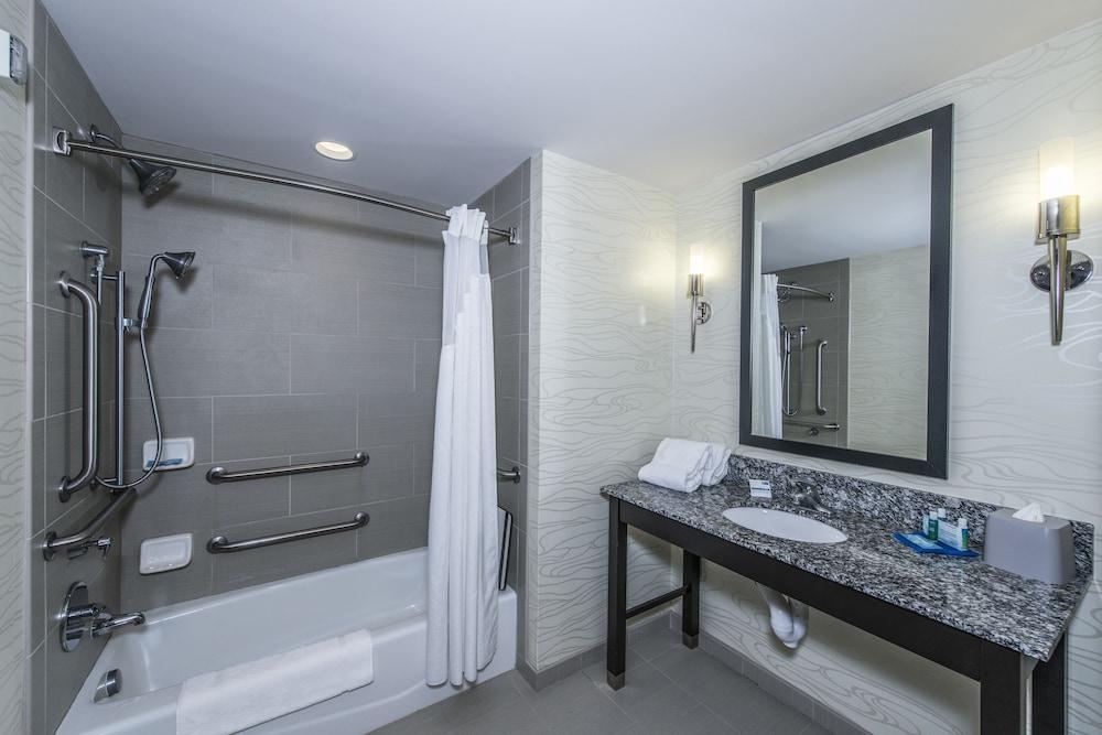 홀리데이 인 익스프레스 호텔 & 스위트 찰스턴 Arpt - Conv Ctr(Holiday Inn Express Hotel & Suites Charleston Arpt-Conv Ctr) Hotel Image 20 - In-Room Amenity