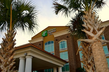 Featured Image at Holiday Inn Express Hotel & Suites Charleston Arpt-Conv Ctr in North Charleston