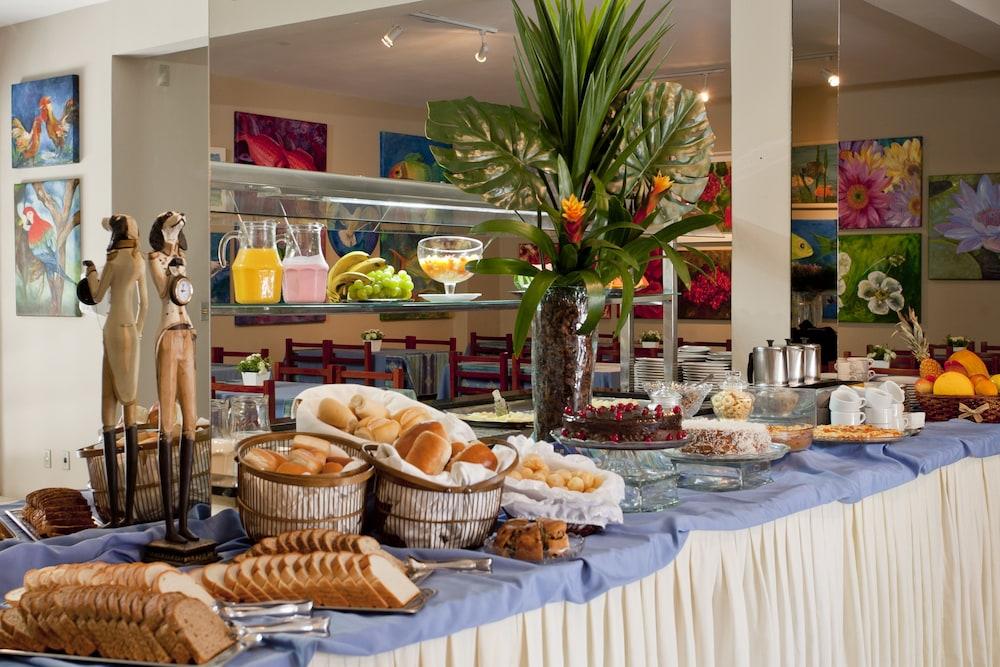 호텔 게라니우스 프라이아 두스 잉글레지스(Hotel Geranius Praia dos Ingleses) Hotel Image 24 - Breakfast Area