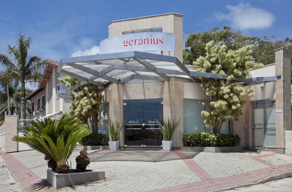 호텔 게라니우스 프라이아 두스 잉글레지스(Hotel Geranius Praia dos Ingleses) Hotel Image 2 - Exterior