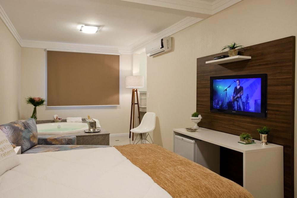 호텔 게라니우스 프라이아 두스 잉글레지스(Hotel Geranius Praia dos Ingleses) Hotel Image 12 - Guestroom