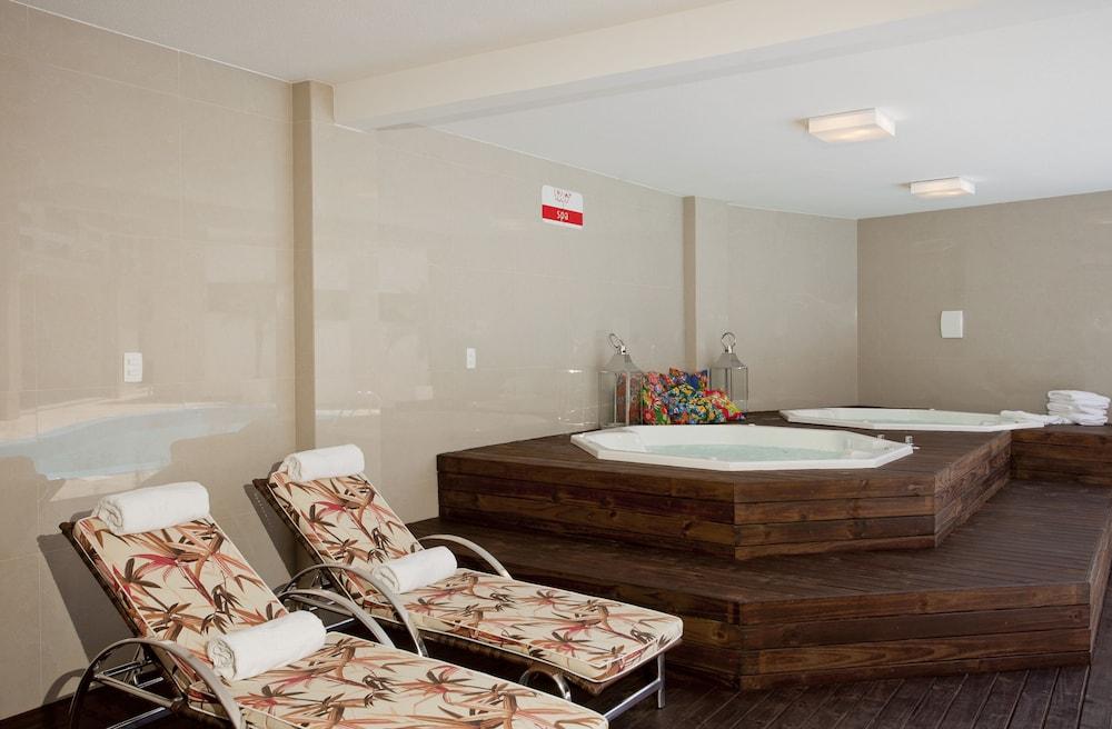 호텔 게라니우스 프라이아 두스 잉글레지스(Hotel Geranius Praia dos Ingleses) Hotel Image 19 - Spa Treatment