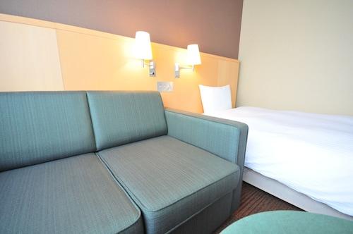 Hotel Premium Green Hills, Sendai