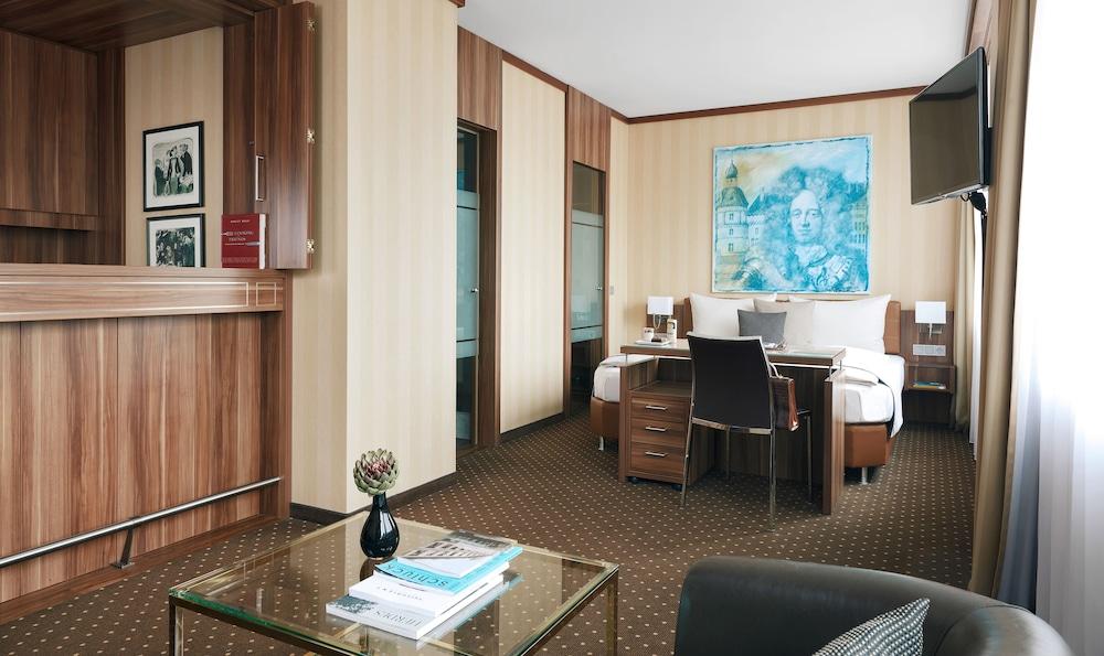 리빙 호텔 뒤셀도르프 바이 데라크(Living Hotel Düsseldorf by Derag) Hotel Image 2 - Guestroom