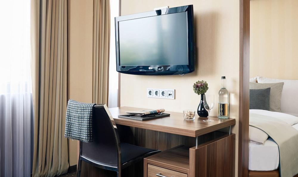 리빙 호텔 뒤셀도르프 바이 데라크(Living Hotel Düsseldorf by Derag) Hotel Image 7 - Guestroom