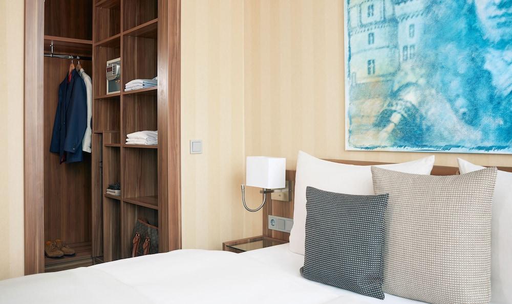 리빙 호텔 뒤셀도르프 바이 데라크(Living Hotel Düsseldorf by Derag) Hotel Image 8 - Guestroom