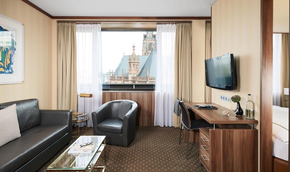 리빙 호텔 뒤셀도르프 바이 데라크(Living Hotel Düsseldorf by Derag) Hotel Image 9 - Guestroom