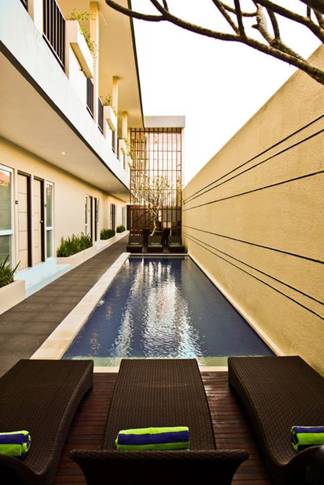 이지 스위트(Eazy Suite) Hotel Image 3 - Pool