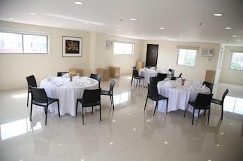 ニコルス エアポート ホテル