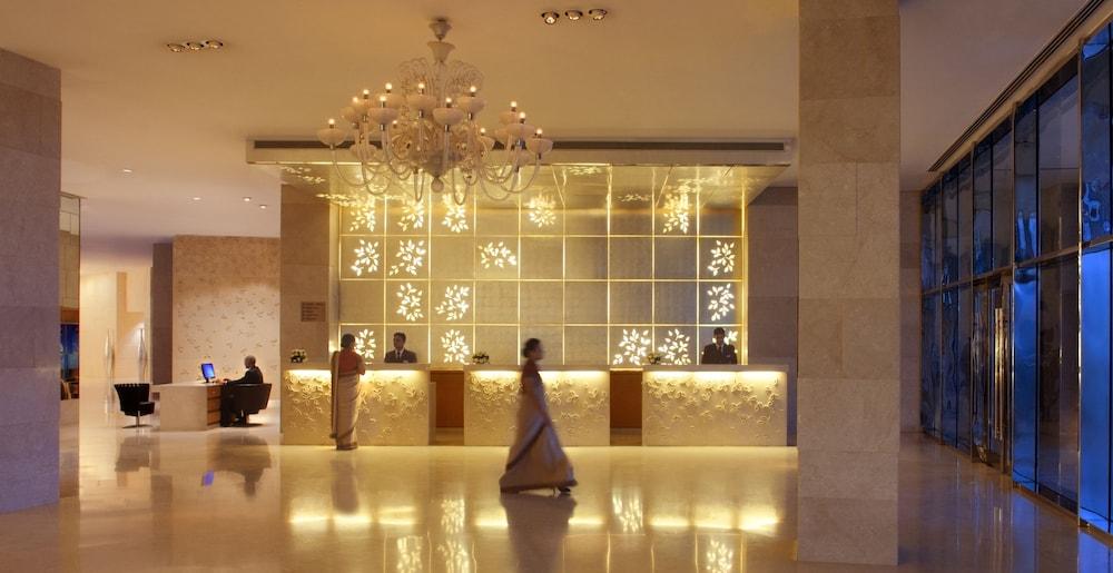 래디슨 블루 호텔 뉴 델리 드워카(Radisson Blu Hotel New Delhi Dwarka) Hotel Image 27 - Reception
