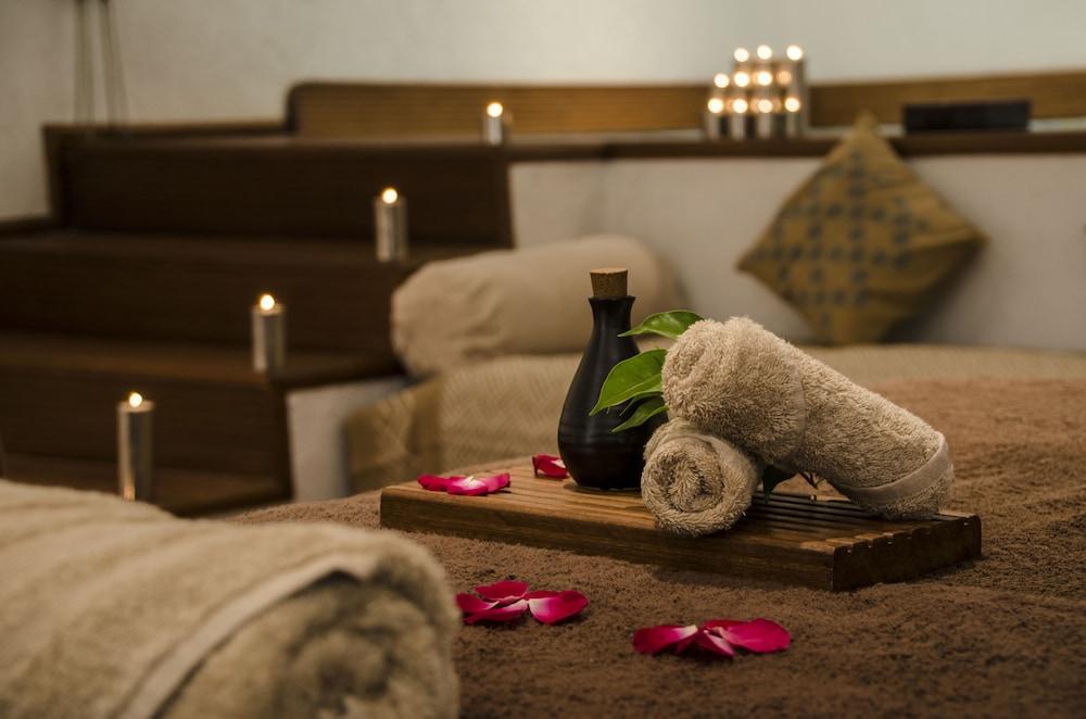 래디슨 블루 호텔 뉴 델리 드워카(Radisson Blu Hotel New Delhi Dwarka) Hotel Image 31 - Treatment Room