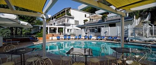 . Villa Poseidon Boutique Hotel ****s & Events