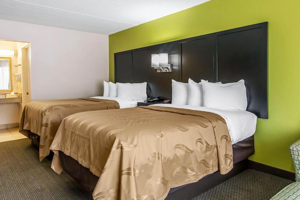 퀄리티 인 하인스빌 - 포트 스튜어트 에어리어(Quality Inn Hinesville - Fort Stewart Area) Hotel Image 13 - Guestroom