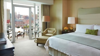 포 시즌스 호텔 볼티모어(Four Seasons Hotel Baltimore) Hotel Image 4 - Guestroom