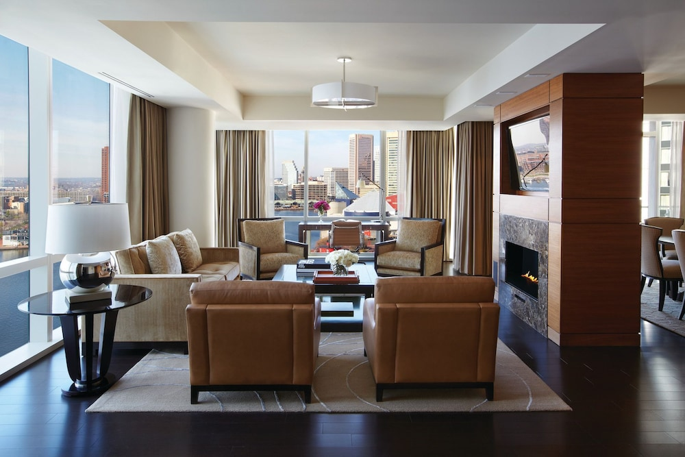 포 시즌스 호텔 볼티모어(Four Seasons Hotel Baltimore) Hotel Image 19 - Living Area