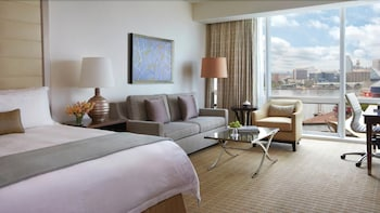 포 시즌스 호텔 볼티모어(Four Seasons Hotel Baltimore) Hotel Image 3 - Guestroom