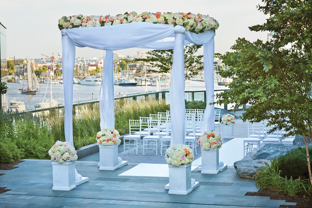포 시즌스 호텔 볼티모어(Four Seasons Hotel Baltimore) Hotel Image 48 - Outdoor Wedding Area
