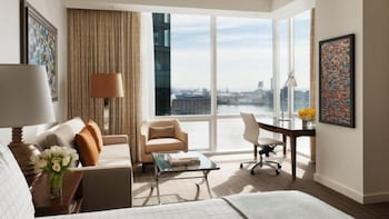 포 시즌스 호텔 볼티모어(Four Seasons Hotel Baltimore) Hotel Image 5 - Guestroom